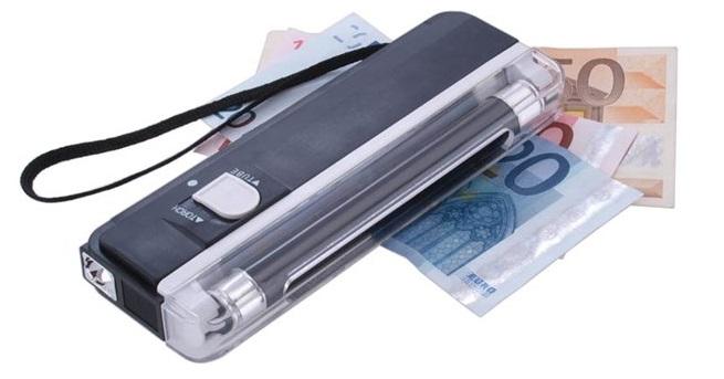 Máy kiểm tra tiền SILICON DL-01