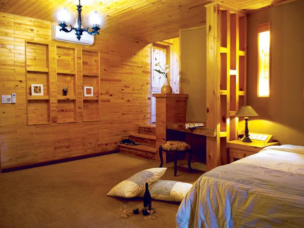 Mẫu trần gỗ đơn giản vì sao lại được ưa chuộng như vậy?