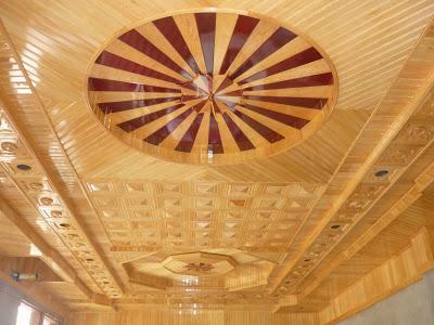 Những ưu điểm nổi bật khi sử dụng trần gỗ pơmu gia đình