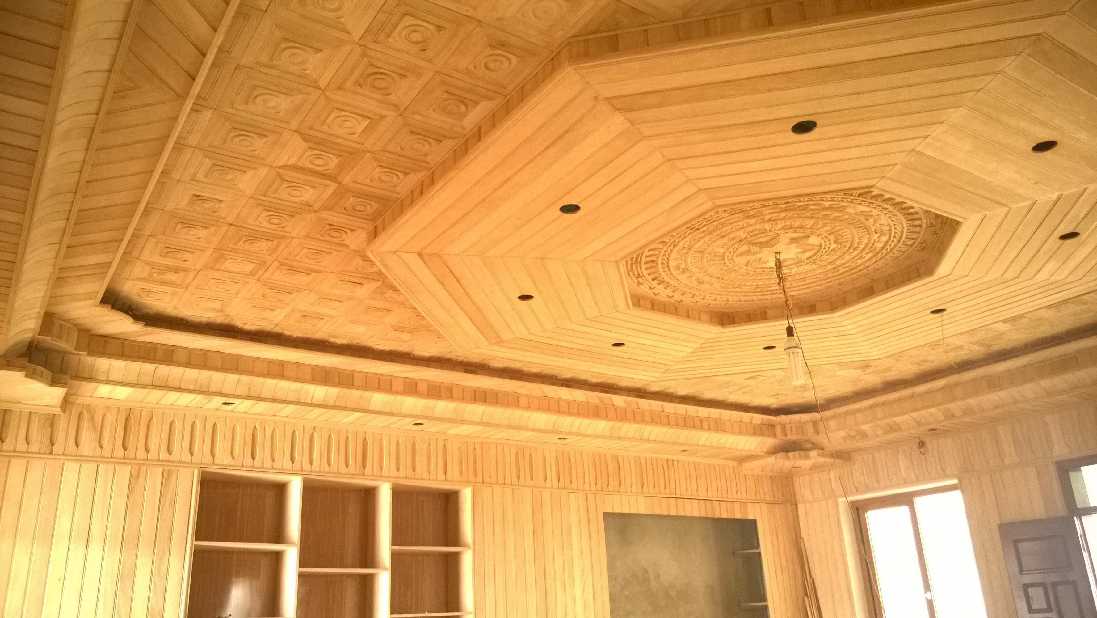 Báo giá trần gỗ bằng xoan đẳng cấp cho căn nhà của bạn