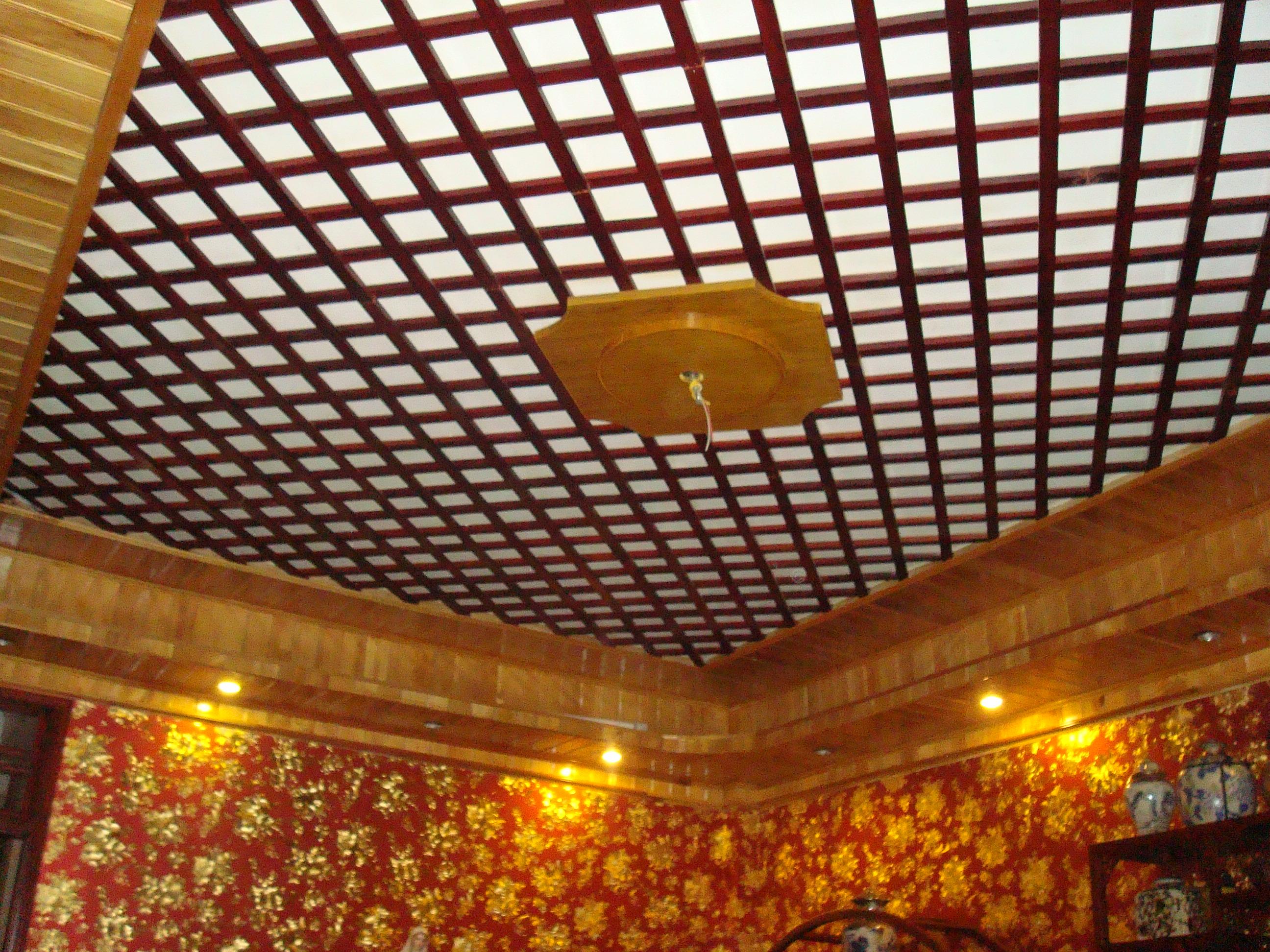 Quy trình thi công trần gỗ