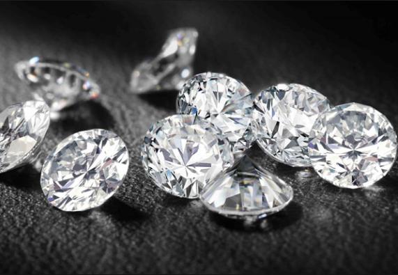 Lưu trữ dữ liệu vĩnh viễn bằng thẻ nhớ kim cương