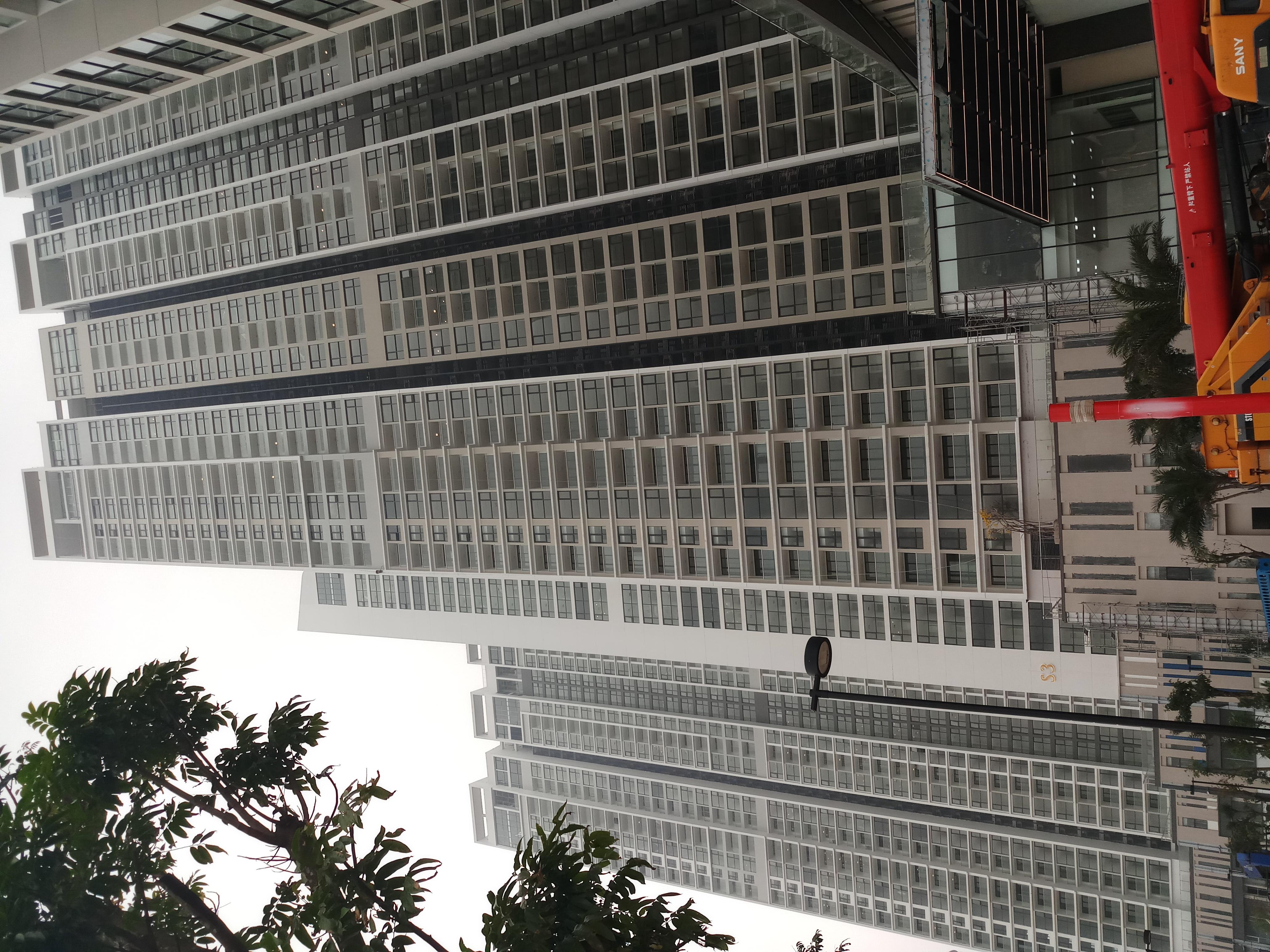 Dán phim cách nhiệt NTECH RBLUE 15 tại tòa vinhomes Skylake