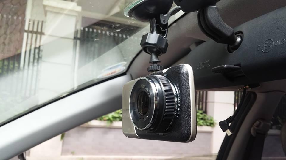 K2 Carcam ghi hình 2 mắt có thêm camera lùi tại Buôn Ma Thuột Đắk Lak