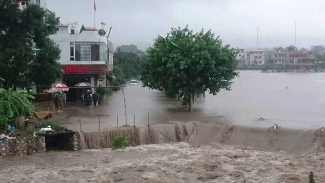 Viettel khắc phục sự cố do mưa lũ - Mưa lũ Quảng Ninh