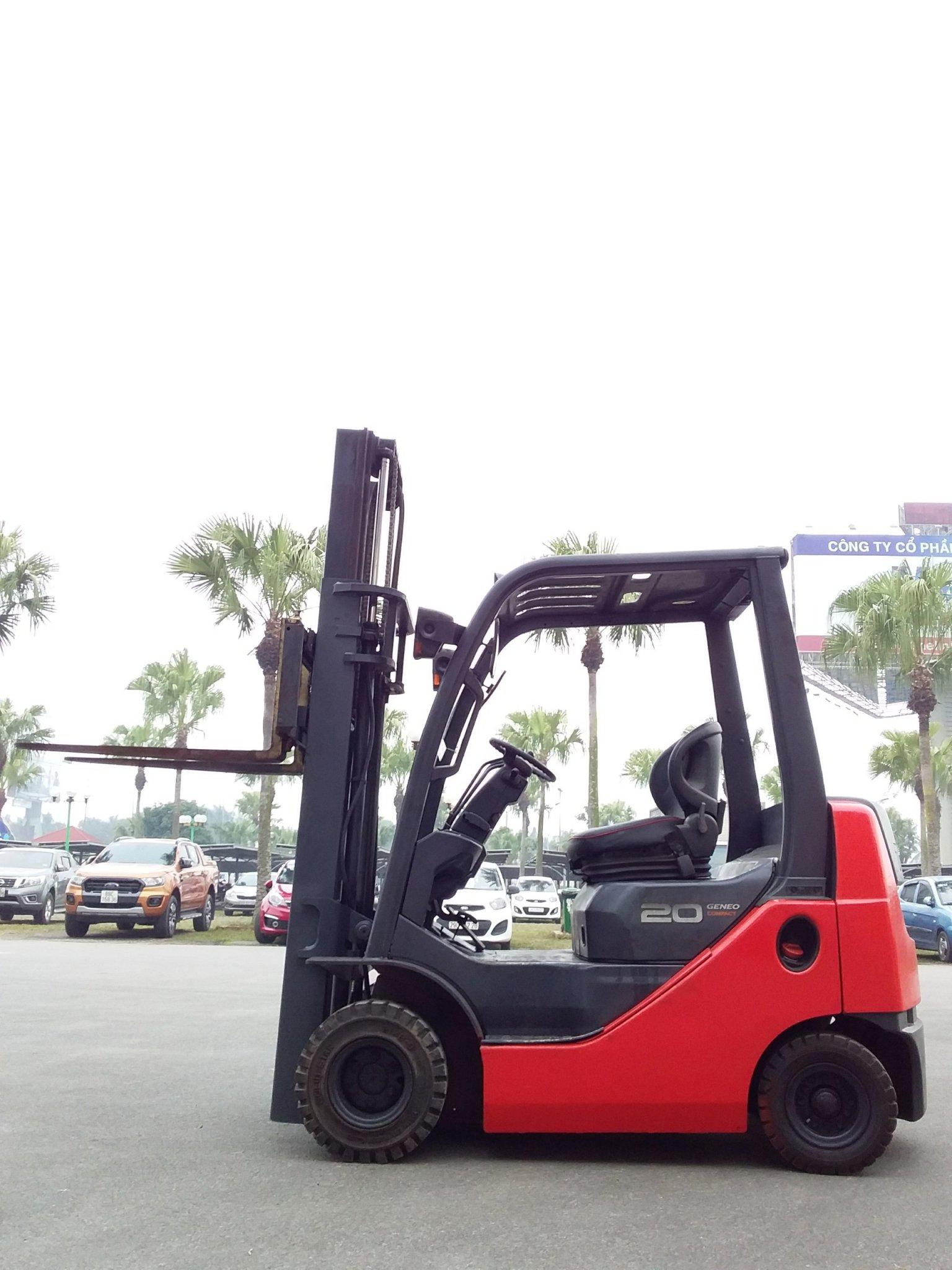 Xe nâng cũ Toyota 2 tấn Model 02-8FDK20, Số Khung 8FDK30-10153, bảo hành dài hạn, hàng có sẵn tại TFV Mê Linh Plaza