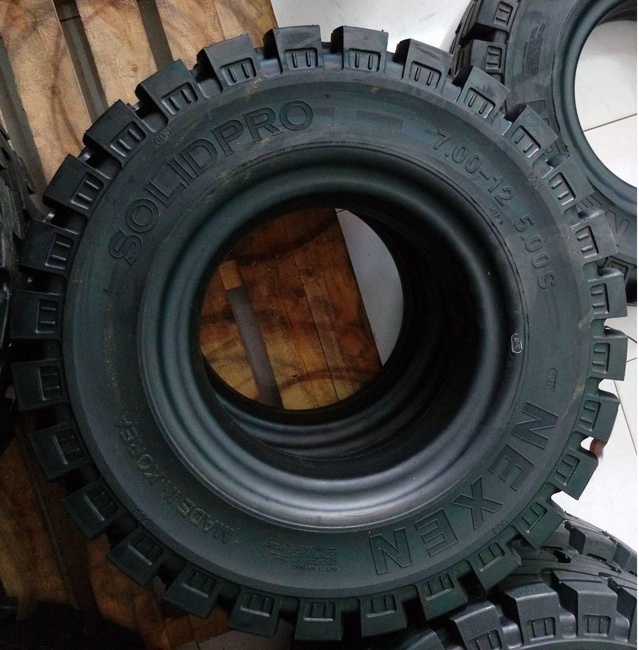 lốp đặc xe nâng 700-12 Nexen, giá rẻ, độ bền cao, bảo hành 12 tháng