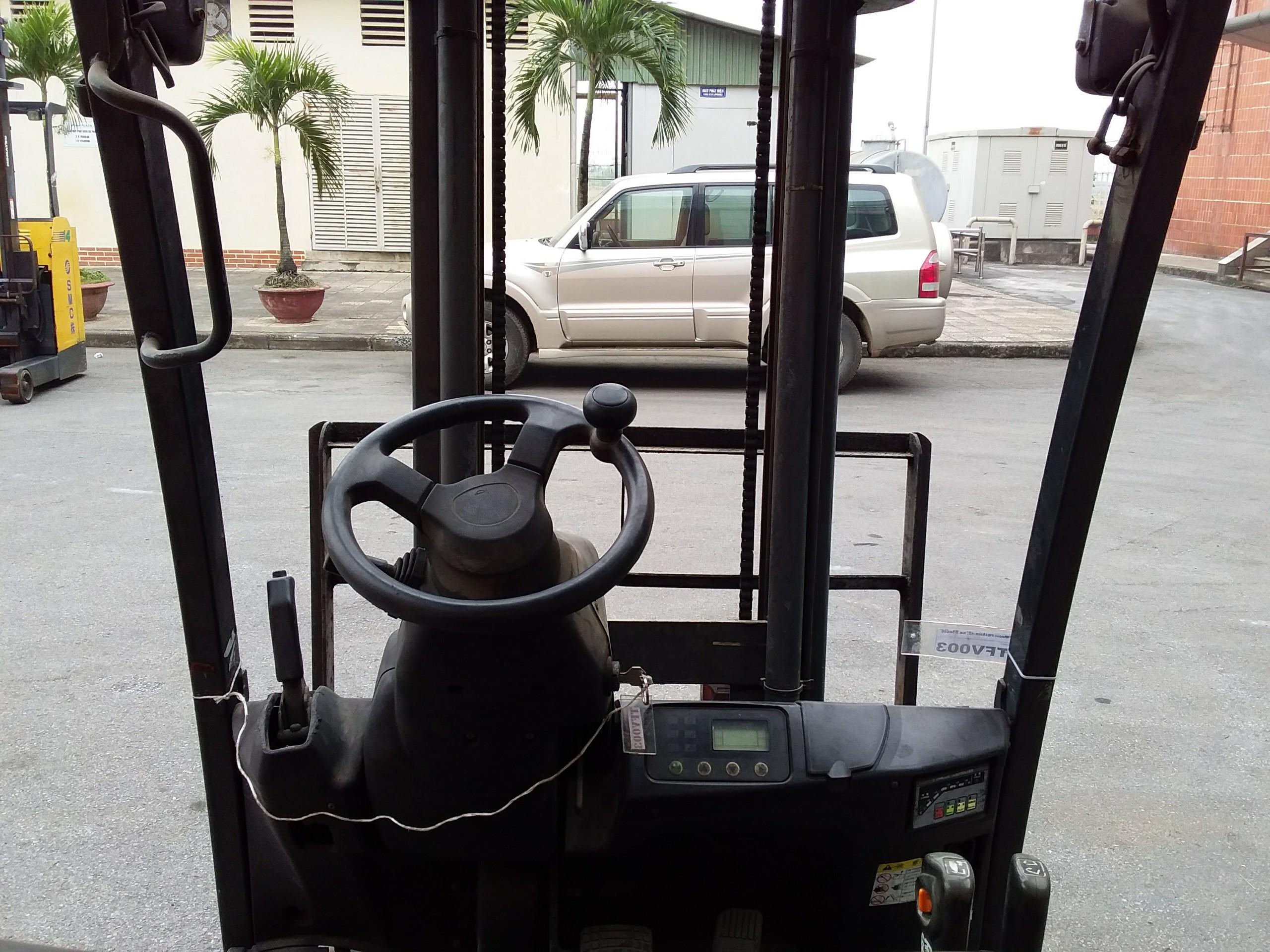 Xe nâng điện ngồi lái Komatsu, 1.5t,v3000, 2010, model FB15HB-12, số Khung 838446, sẵn hàng tại TFV