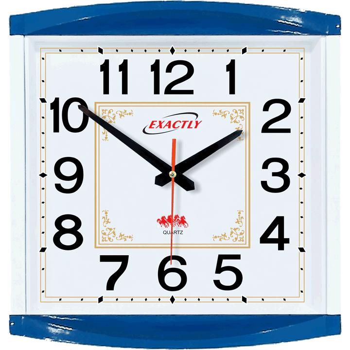 đồng hồ treo tại lớp học