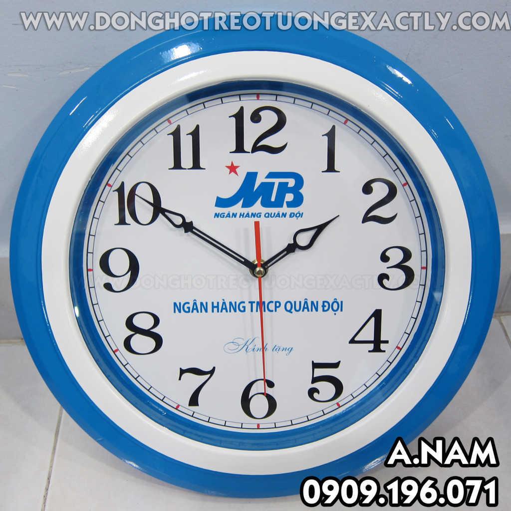 đồng hồ treo tường quà tặng khách hàng MB Bank
