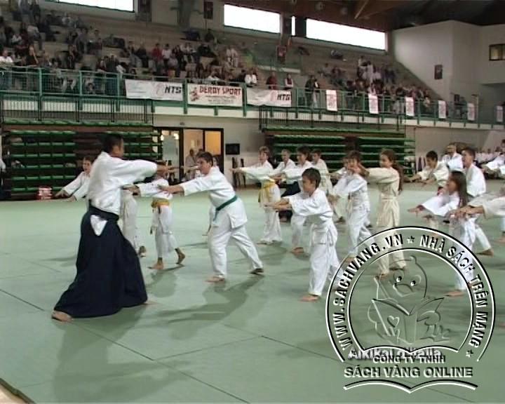 40 Years Of Aikido In Italy - Tuyển Tập Các Chiêu Thức Hiệp Khí Đạo - Hình 4