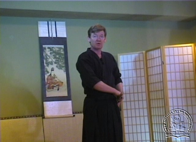 Beginner's Guide To Kendo-Iaido by Jim Wilson pic 2