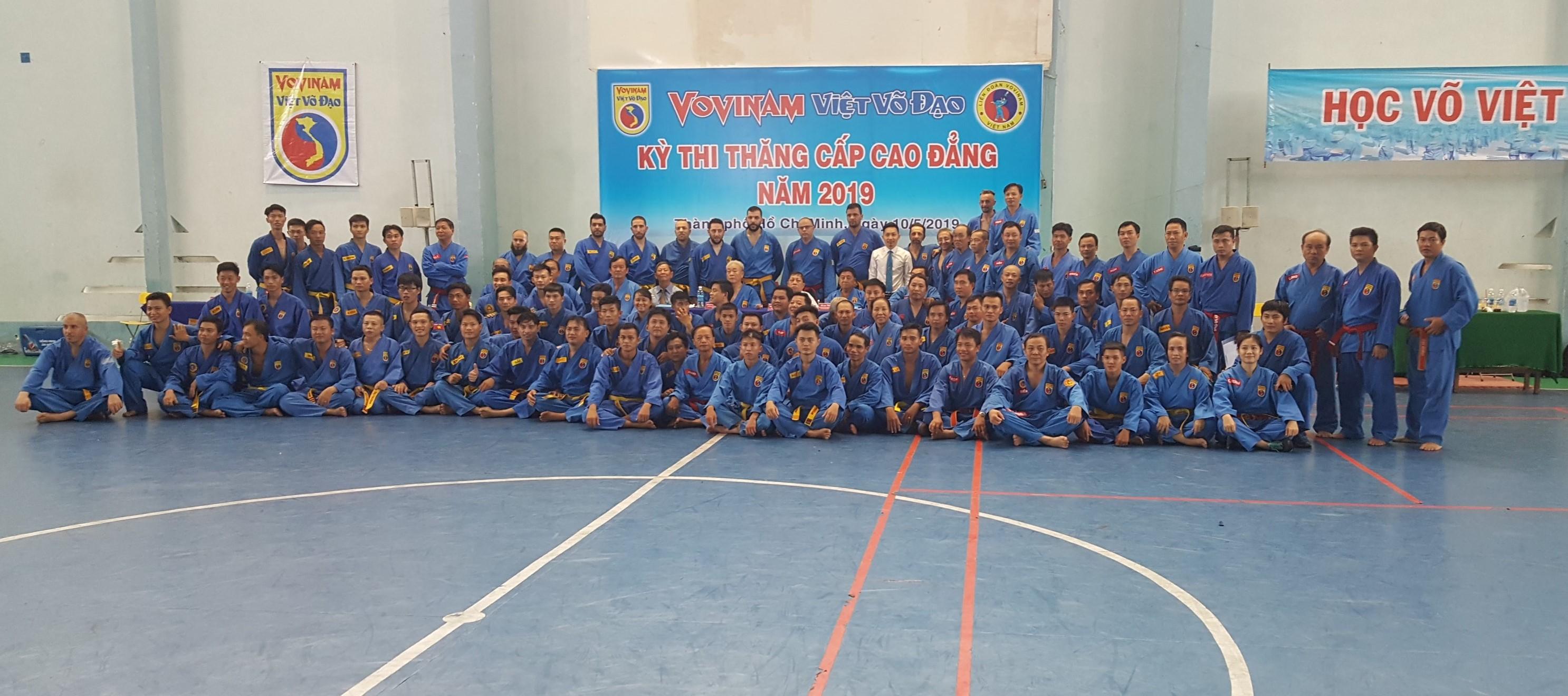 Gần 90 võ sư Việt Nam và Quốc tế tham dự Kỳ thi thăng cấp Cao đẳng Vovinam năm 2019 - Près de 90 Maitres VietNamiens & Internationaux au Passage de grade suppérieux du Vovinam en 2019.