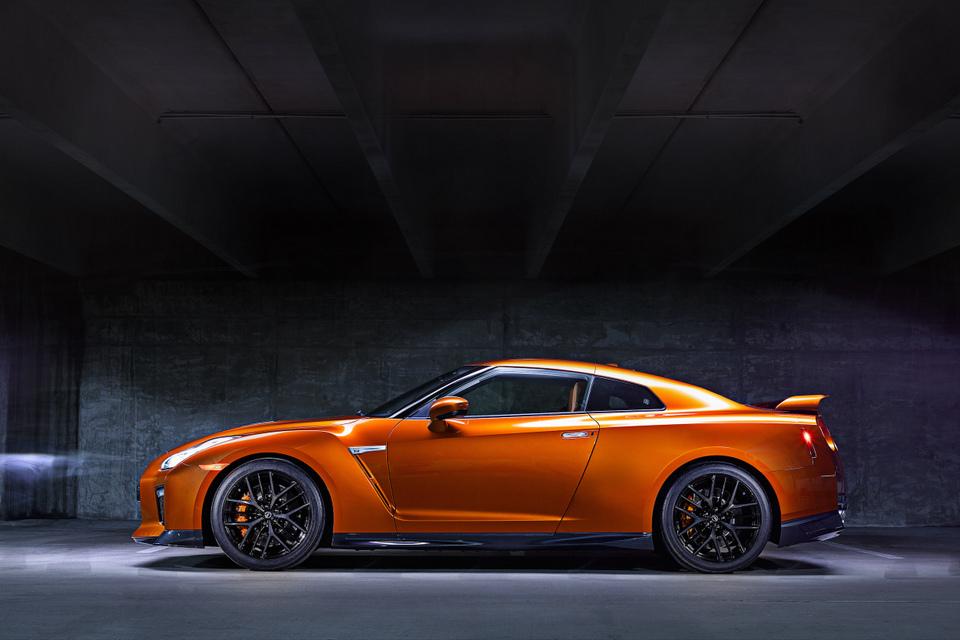 Nissan nâng cấp GT-R 2017