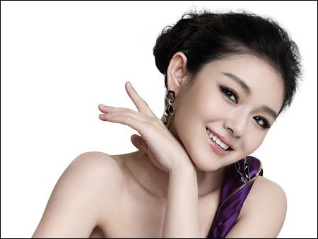 Cách Trang Điểm Mắt Đẹp Tự Nhiên Theo Phong Cách Hàn Quốc