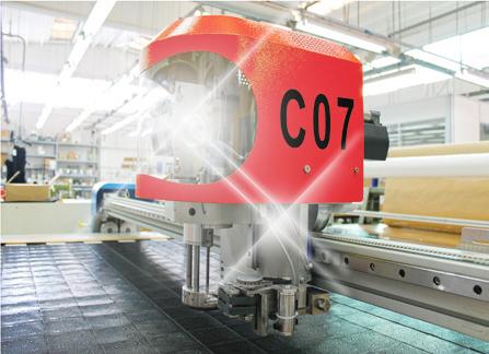 Máy cắt vải tự động chất lượng cao từ châu Âu