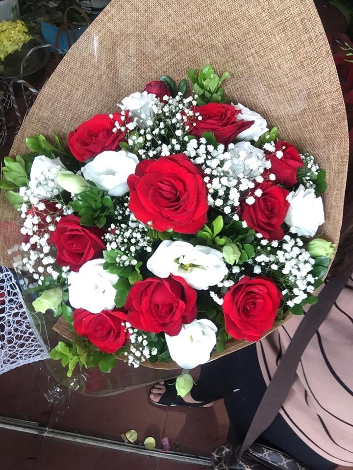 Ý nghĩa và cách tặng hoa hồng ngày Valentine 14/2