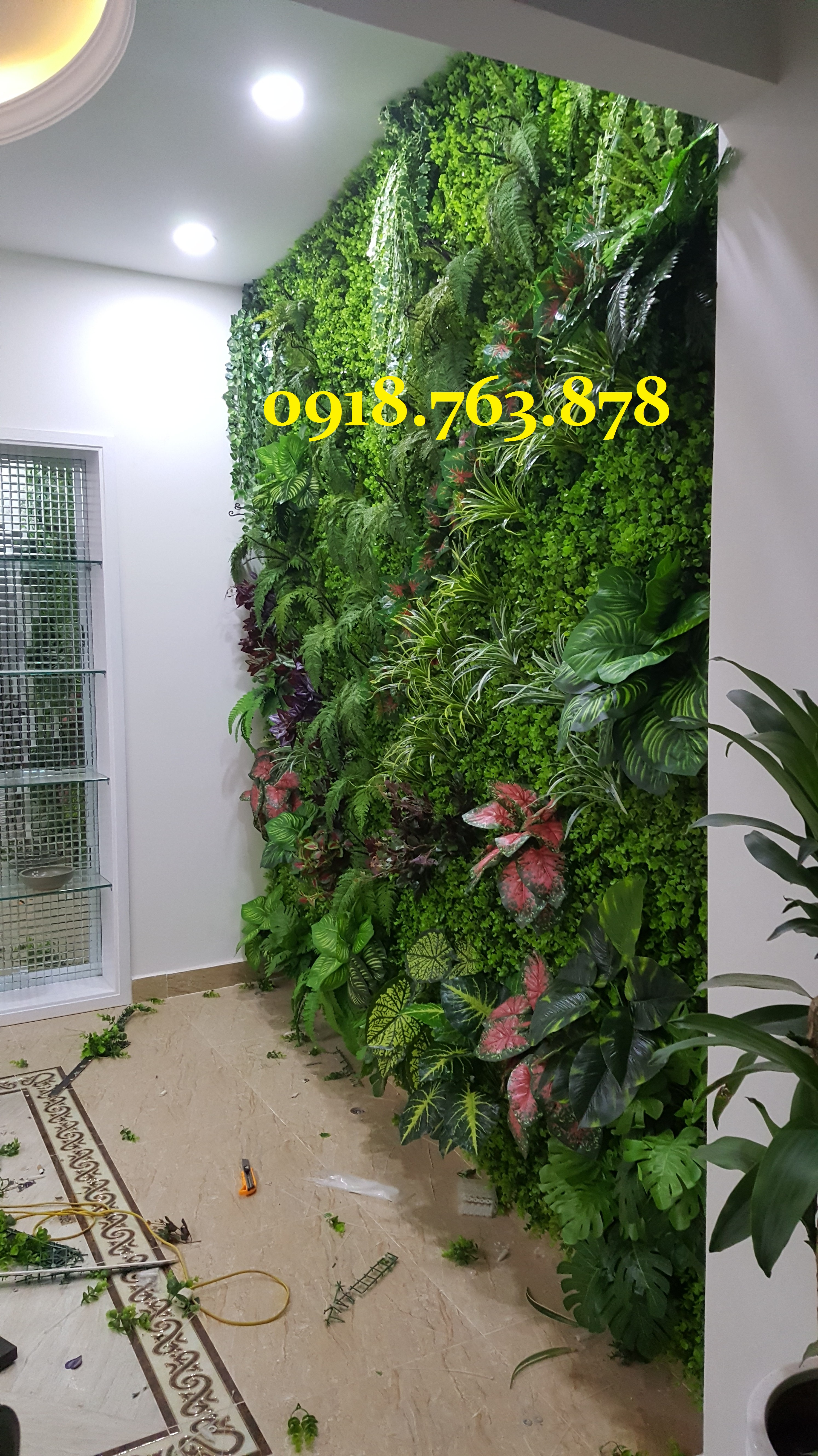 tường cây giả spa