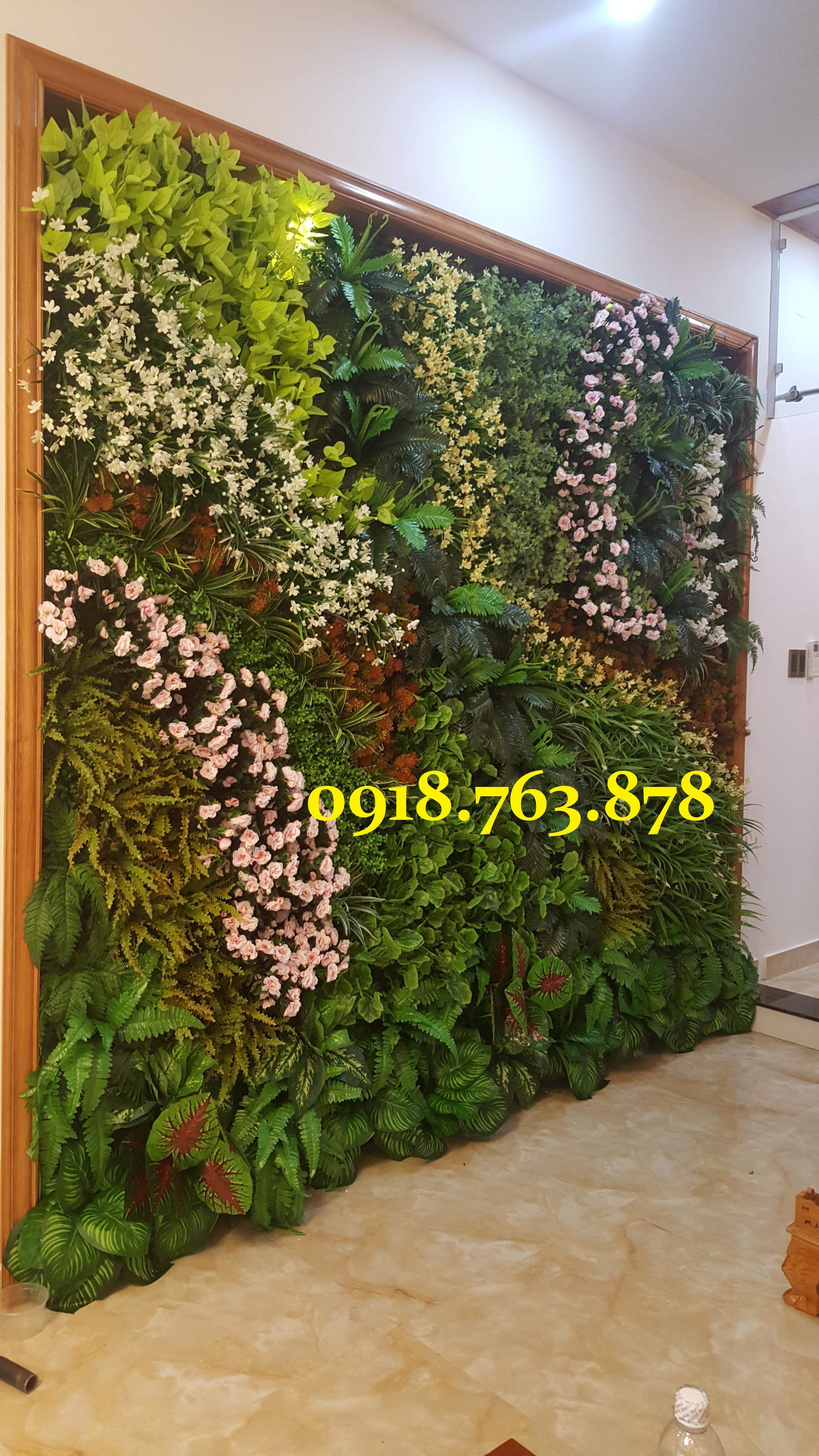 Địa chỉ bán tấm cỏ nhựa treo tường