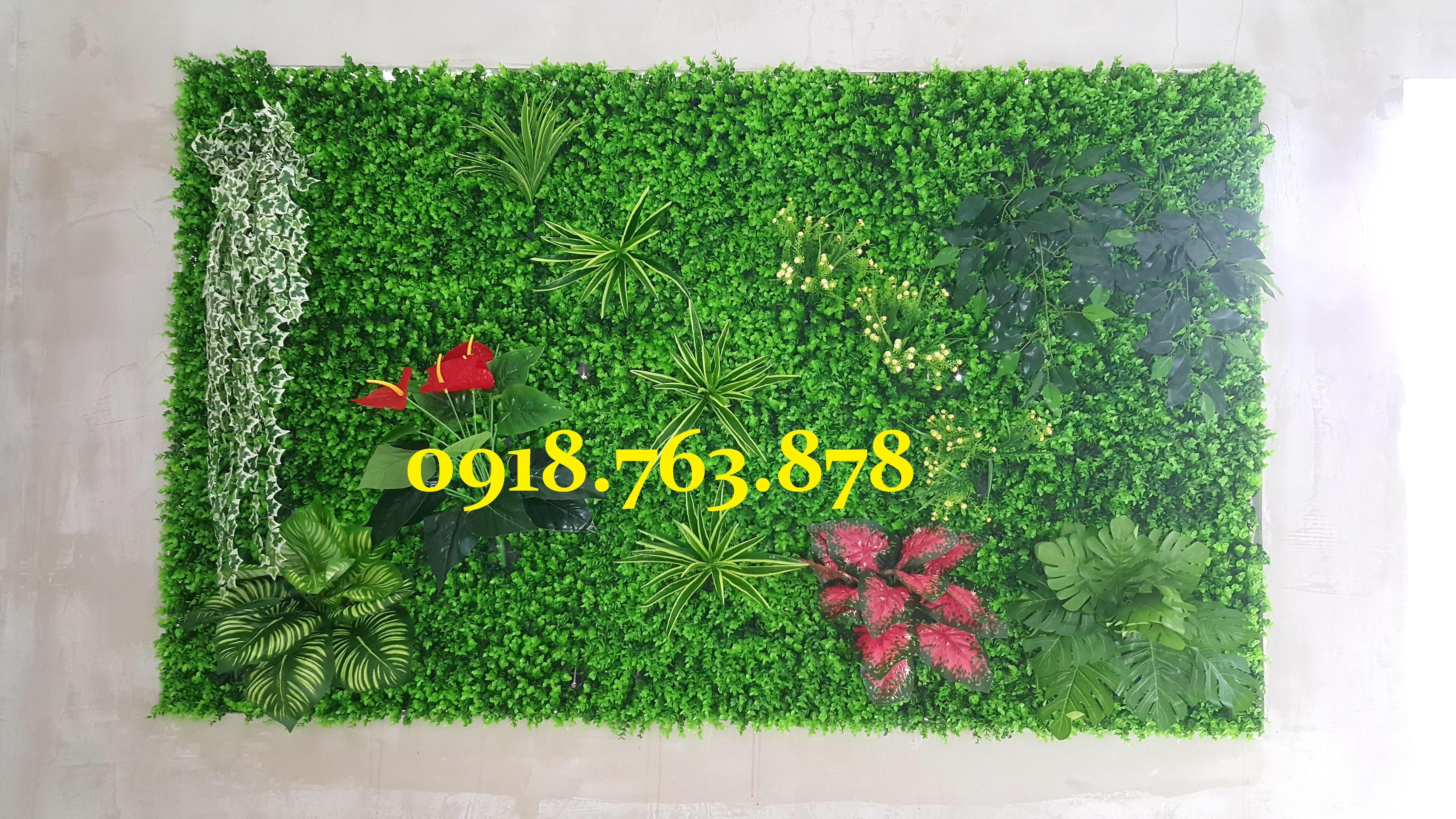 Thi công tường cây lá giả trang trí nhà hàng Tri Kỷ quận Gò Vấp