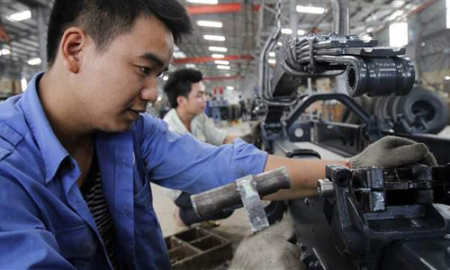 Thu nhập người Việt sắp chạm ngưỡng 2.200 USD