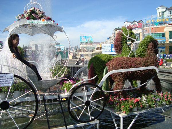 Lâm Đồng: Tổ chức Hội thi thắng cảnh hoa, tour du lịch chuyên đề hoa và kiến trúc