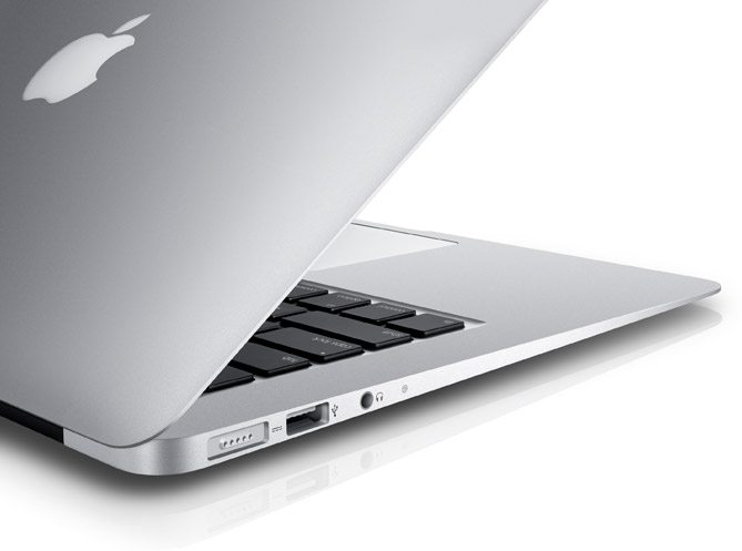Macbook Air 13-inch MQD42