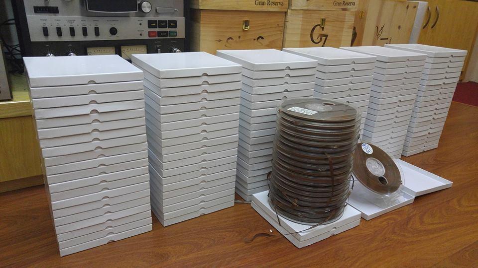 Băng cối 7 inchs 1800ft (90p), giá 260k/1 cuốn kèm hộp.