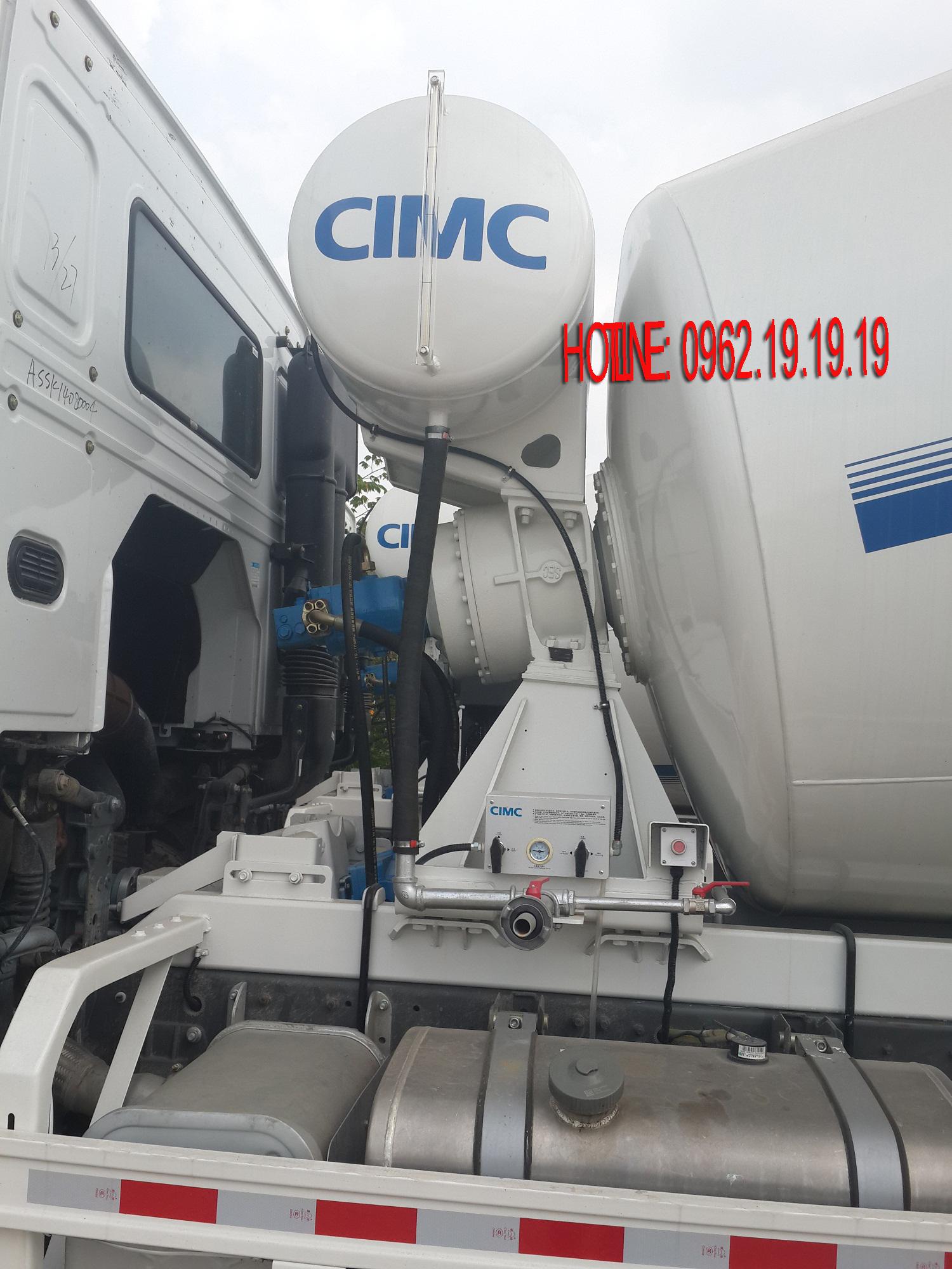 Trộn bê tông Howo 12m3-380Hp bom trộn CIMC