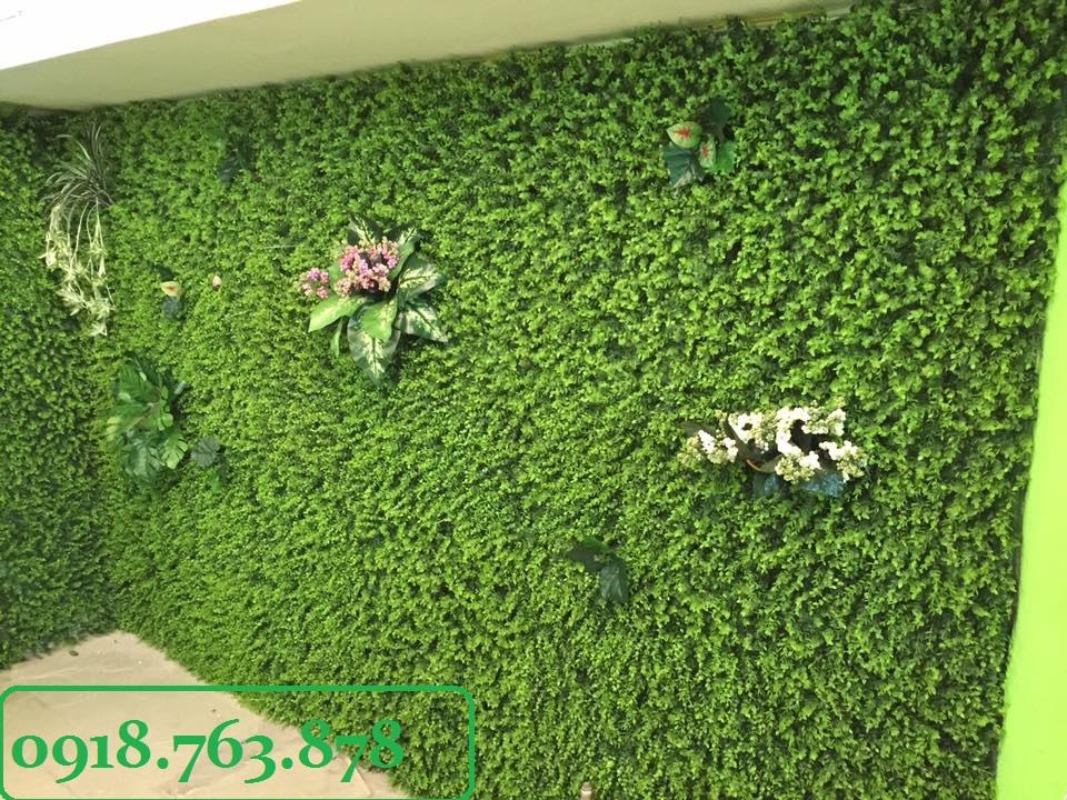 Thi công tường cây giả ở quận 1, q1 tphcm, hcm