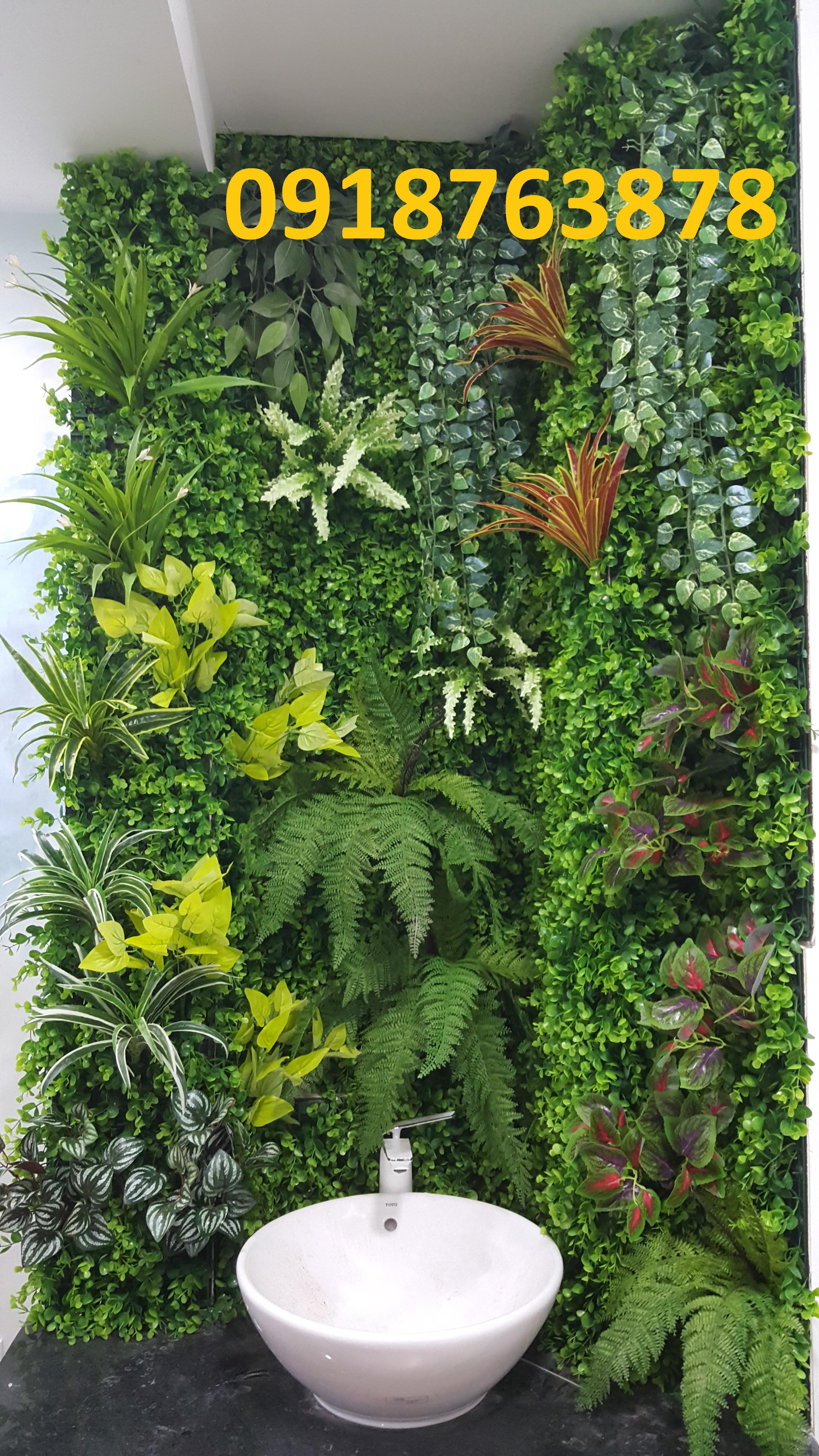 Thi công tường cây cỏ giả tại TPHCM