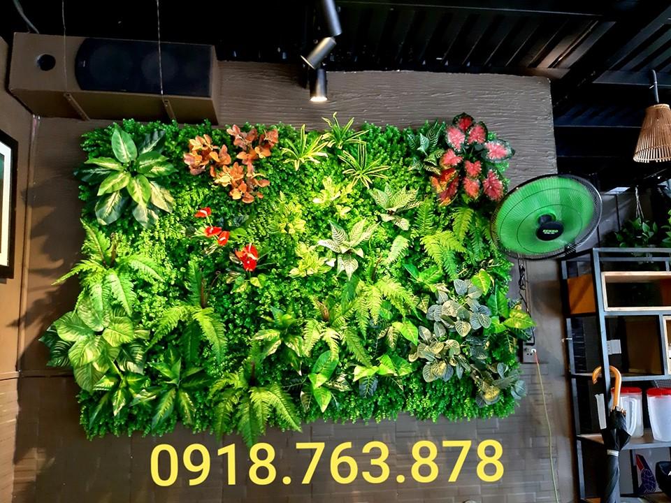 Công ty thi công tường cây giả, tường cỏ giả tại quận 3