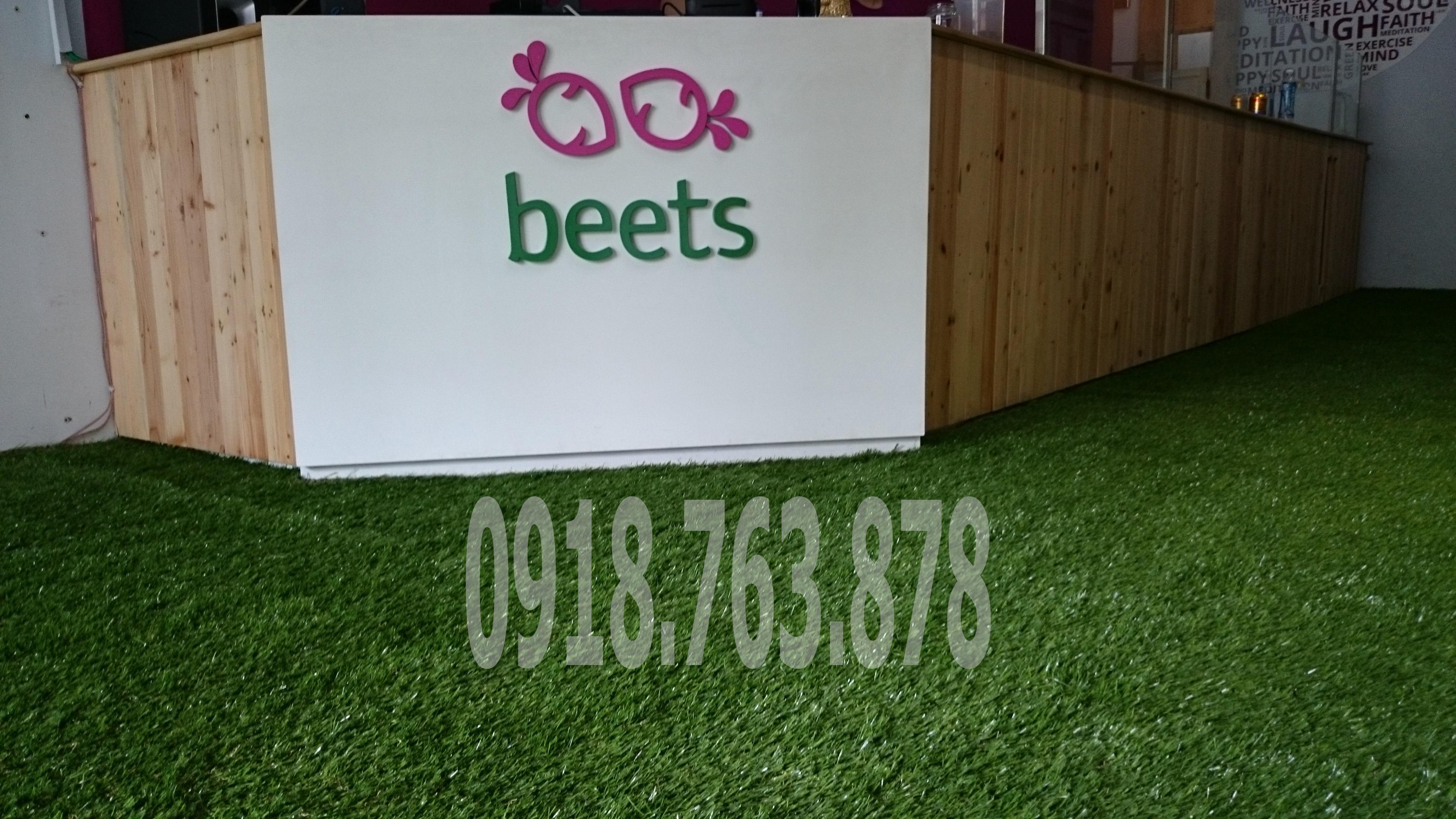 Thi Công Cỏ Nhân Tạo Sân Vườn Tại Nhà hàng Beets