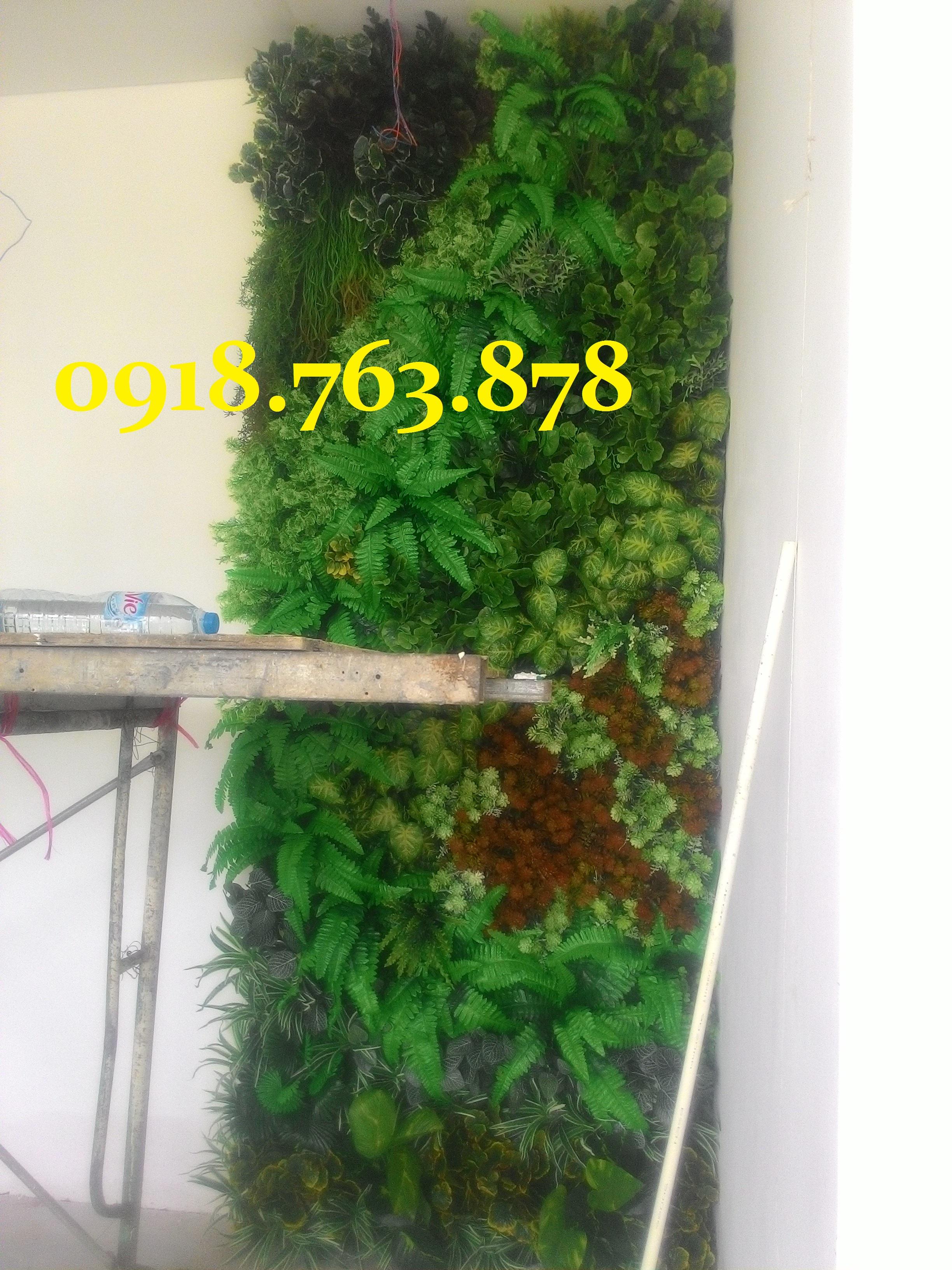 tường cây giả trang trí nhà mẫu