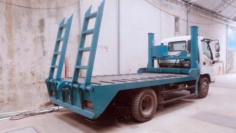 Ollin500B nâng đầu chở máy công trình