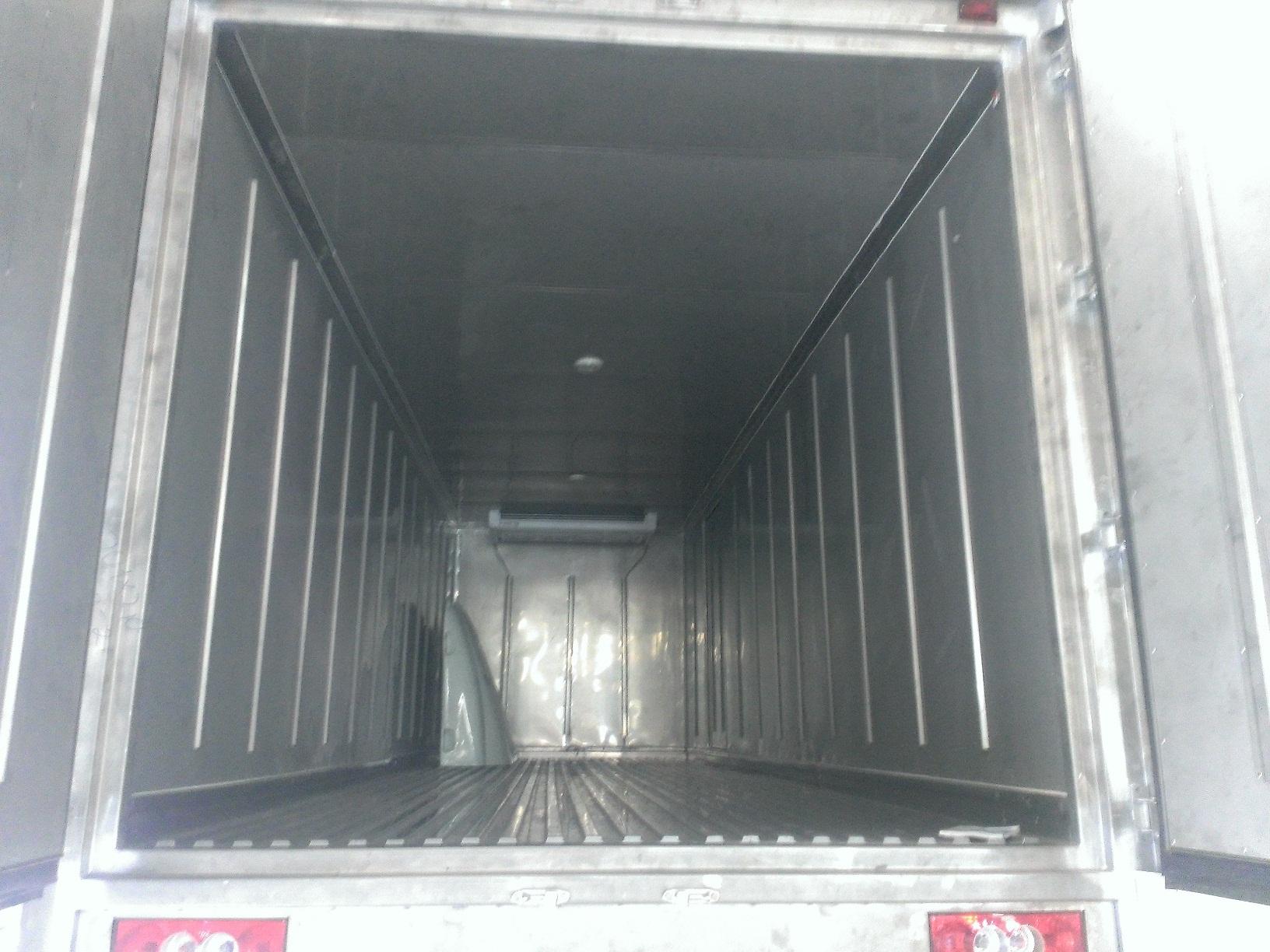Xe đông lạnh 9 tấn Auman C160