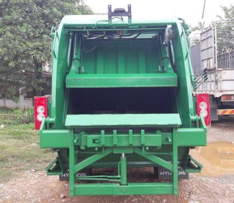 Xe cuốn ép rác 7m3 Ollin500B