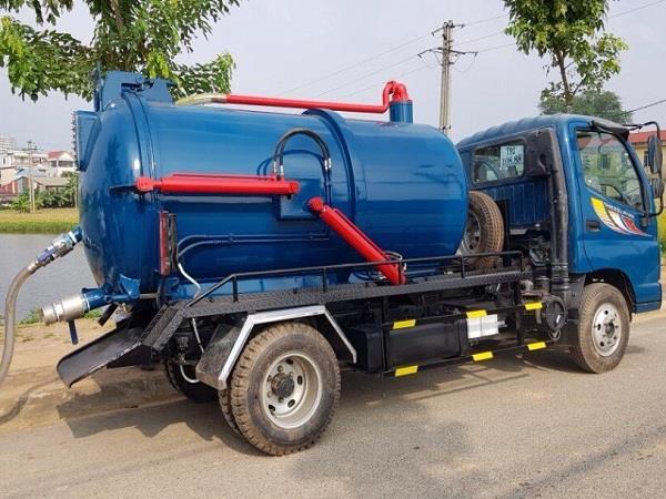 Xe hút chất thải 4 khối Thaco Ollin500B