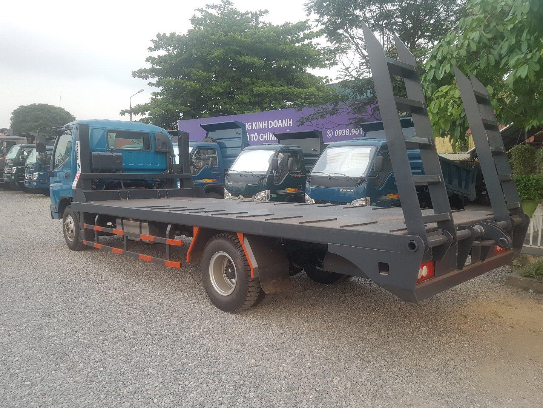xe nâng đầu chở máy công trình 7 tấn