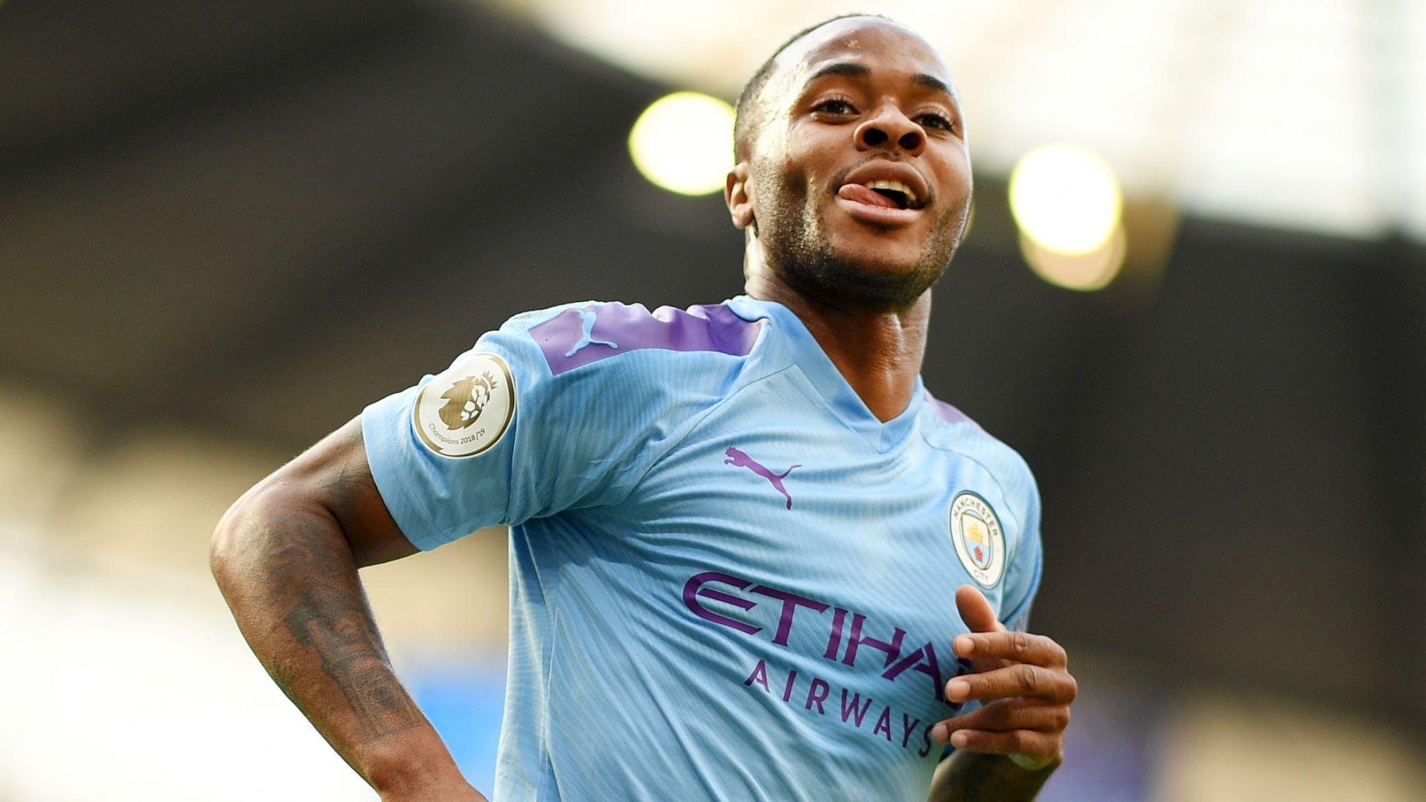 Sterling bóng gió khả năng trở lại Liverpool