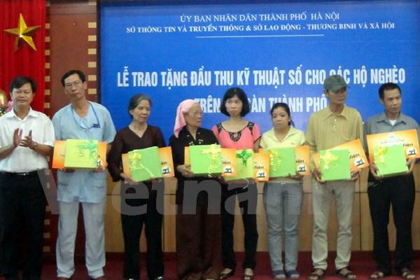 Truyền hình An Viên tặng đầu thu miễn phí cho hộ nghèo