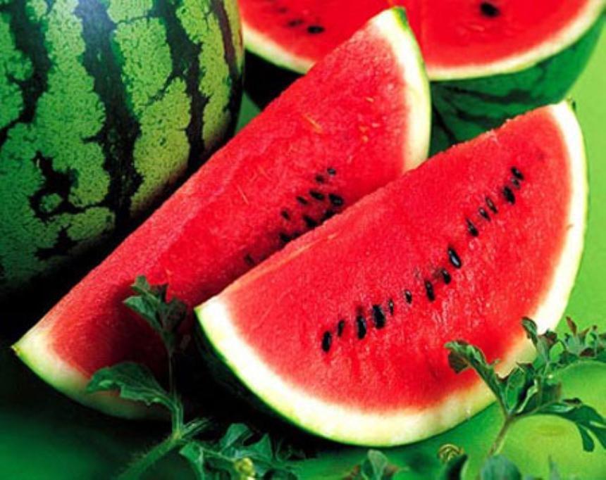 Những nguy hiểm khi ăn dưa hấu vào mùa hè