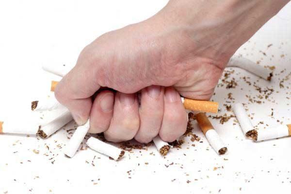 """Bật bí """"thần dược"""" cai thuốc lá hiệu quả chỉ với vài nghìn đồng"""