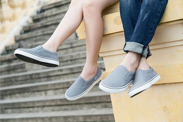 Mách bạn các cách khử mùi hôi giày cực đơn giản và dễ dàng