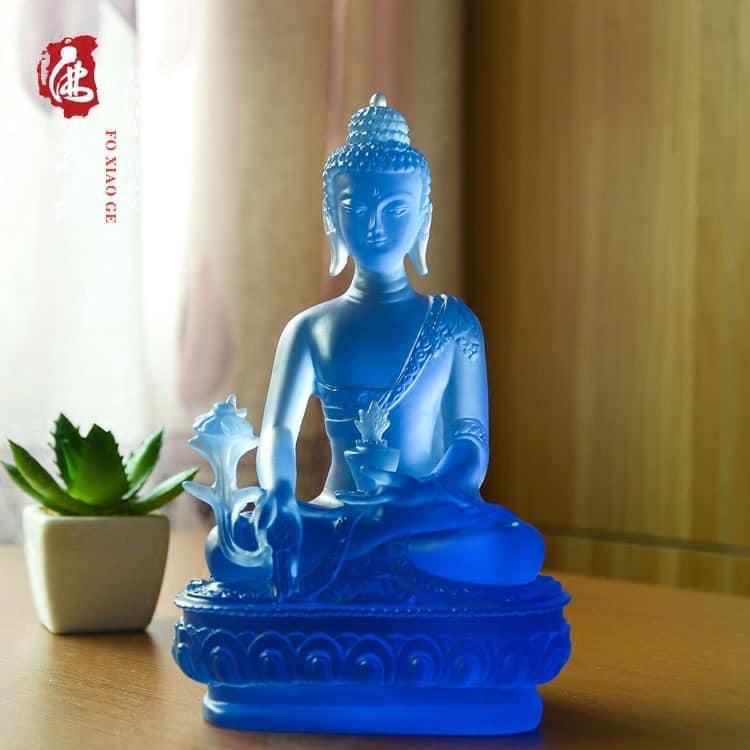 Tượng Phật Bằng Thủy Tinh