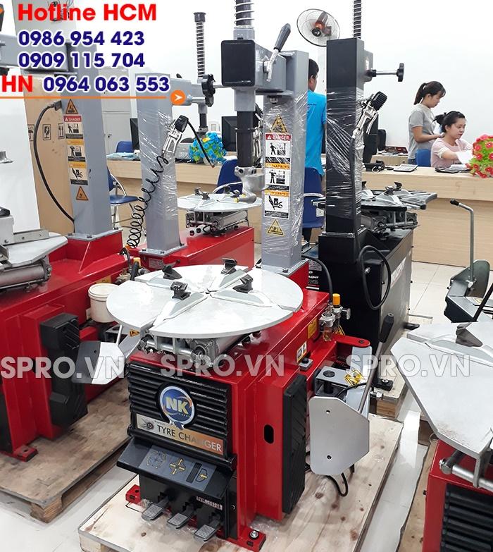 NK318E – Máy tháo vỏ xe tay ga, ô tô cho tiệm sửa xe, Head Honda