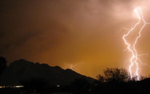 Ozone tự nhiên được sinh ra sau cơn mưa