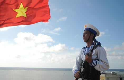 Chiến sĩ hải quân nhiều ngày lênh đênh trên biển làm nhiệm vụ