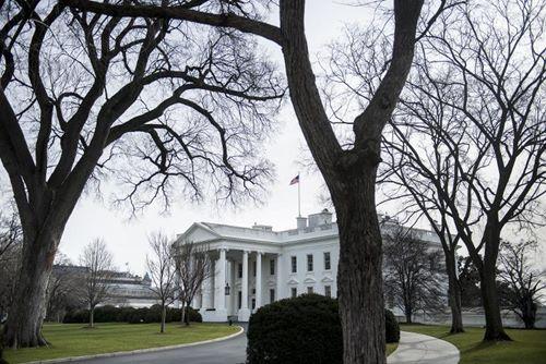 Quan chức Nhà Trắng bị sa thải vì nói xấu chính phủ trên Twitter