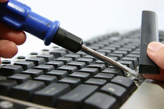 Cơ sở khắc phục lỗi liệt bàn phím laptop tại Hà Nội